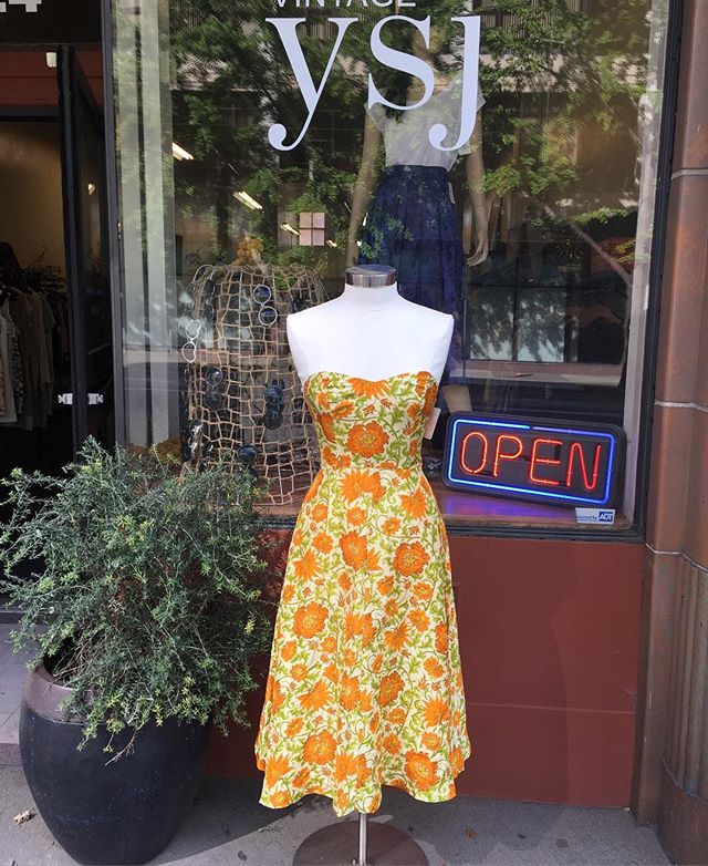 Beautiful silk 50s inspired summer dress #vintageshop #downtownsac #50sdress