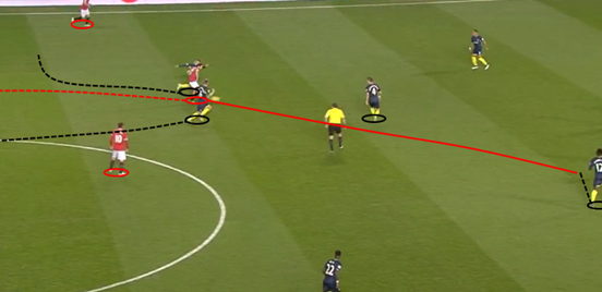 Blind can be seen carrying the ball out from the back and attempting to play progressively rather than sideways, but with two players (Davies and Ward-Prowse) pressing him and Southampton's deep midfield pairing blocking off potential passing options, the Dutchman gives the ball away cheaply to Wanyama.