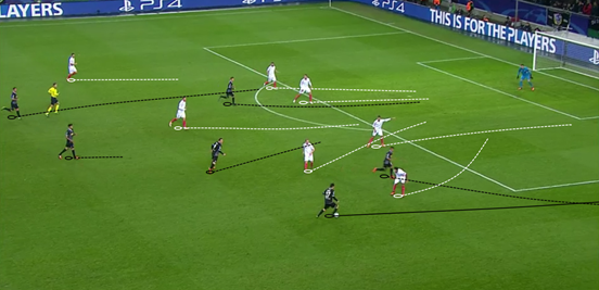 Raffael regularly varied his movement in the attacking third, dropping into lots of different pockets of space in order to try and get more time on the ball.