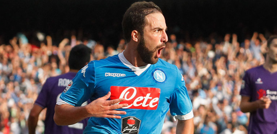 Higuaín's been scoring goals for fun this season at Napoli, and he leads the Serie A goal charts: even with no penalties to help him.