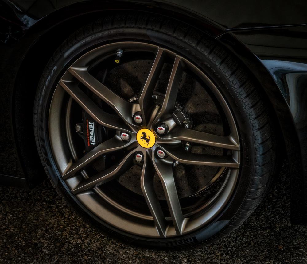 Ferrari Tire 3