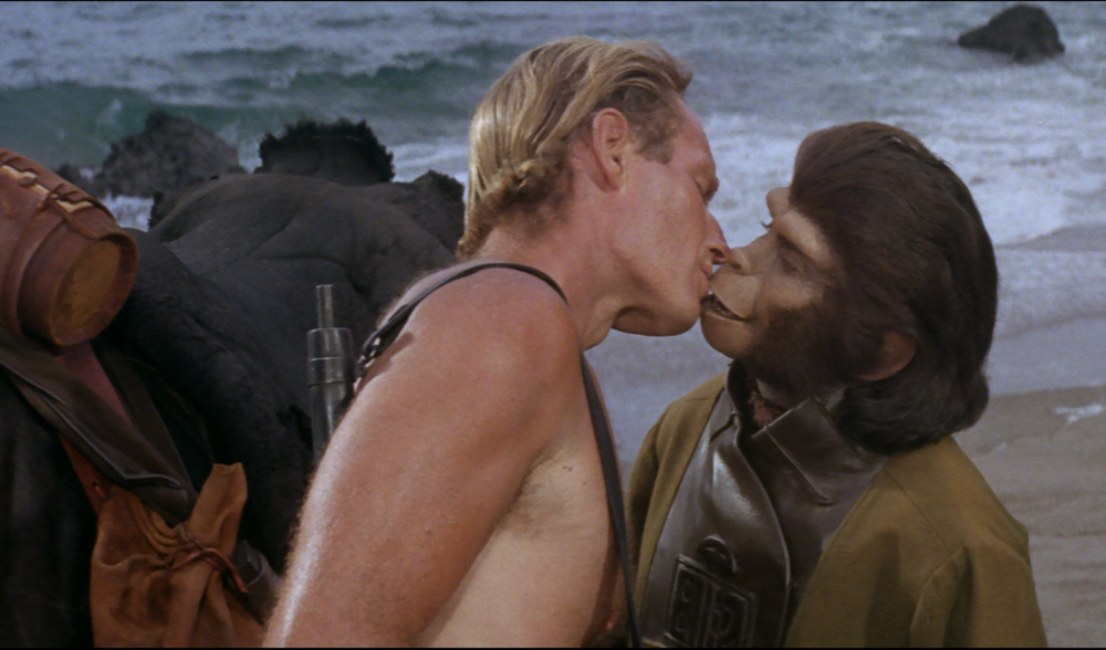 planet-of-the-apes-taylor-kisses-zira.png
