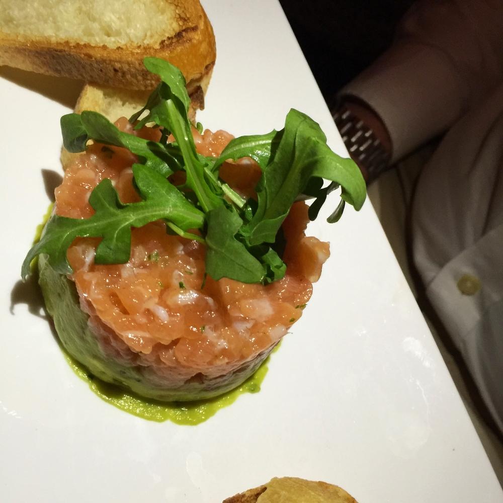tártaro de salmão