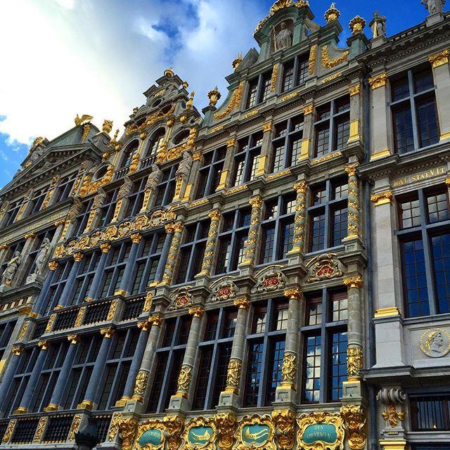 A minha Bruxelas é assim: reluzente, mesmo com céu nublado.