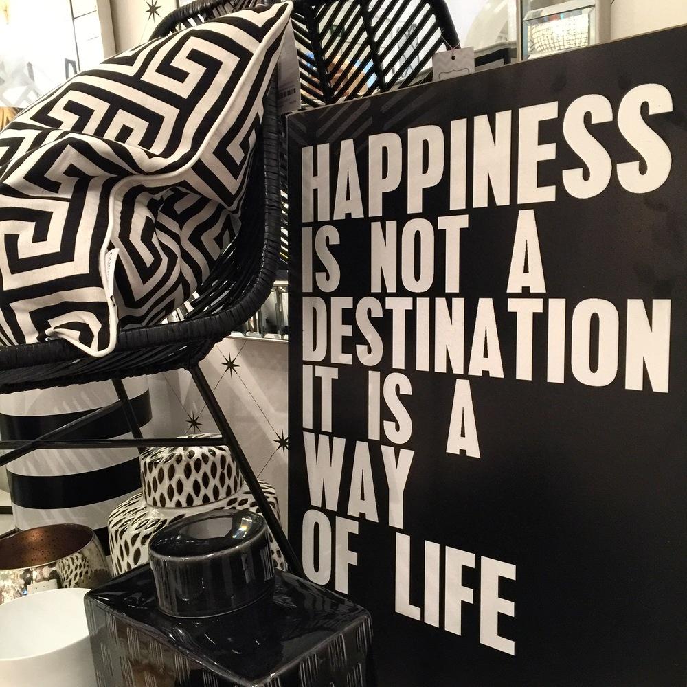 Ser feliz? Não depende apenas de nós, mas depende muito de nós...