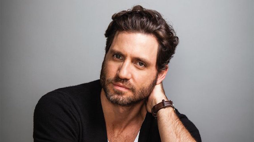 @heforshe The pressure to fit into an unconfortable mound #BeingHuman #HeForShe @edgarramirez25