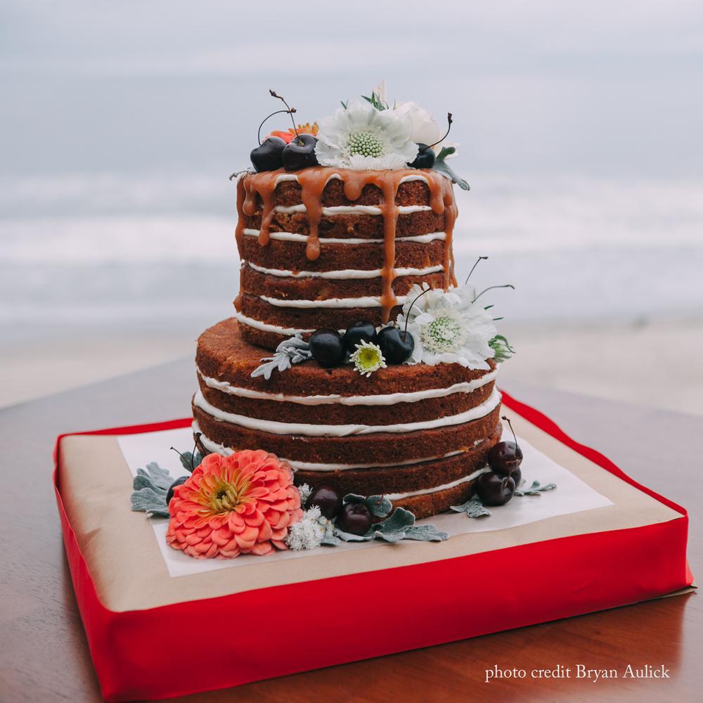 JLo wedding cake. photo by bryan aulick.