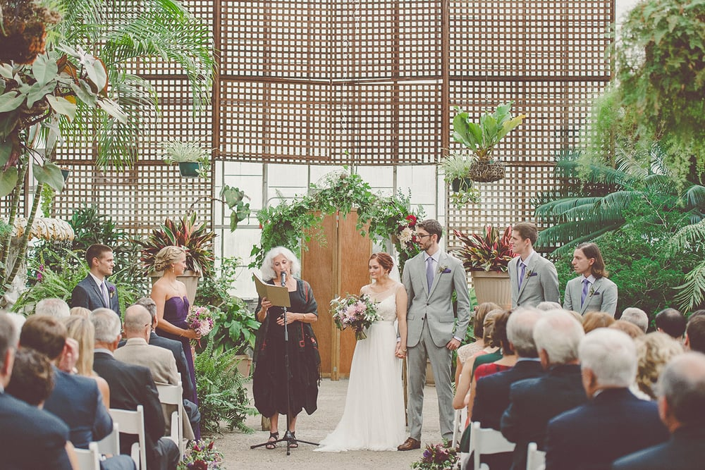 Summer wedding in Philadelphia greenhouse at the Fairmount Horticultural Center | Wedding Plannner: Heart & Dash | Photo: Sharyn Frankel Photography | Wedding flowers: Love n' Fresh