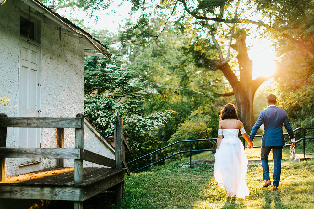 Philadelphia Wedding Planner Heart & Dash | Historic Yellow Springs DIY Wedding |  (Photo by Danfredo Photos + Films)