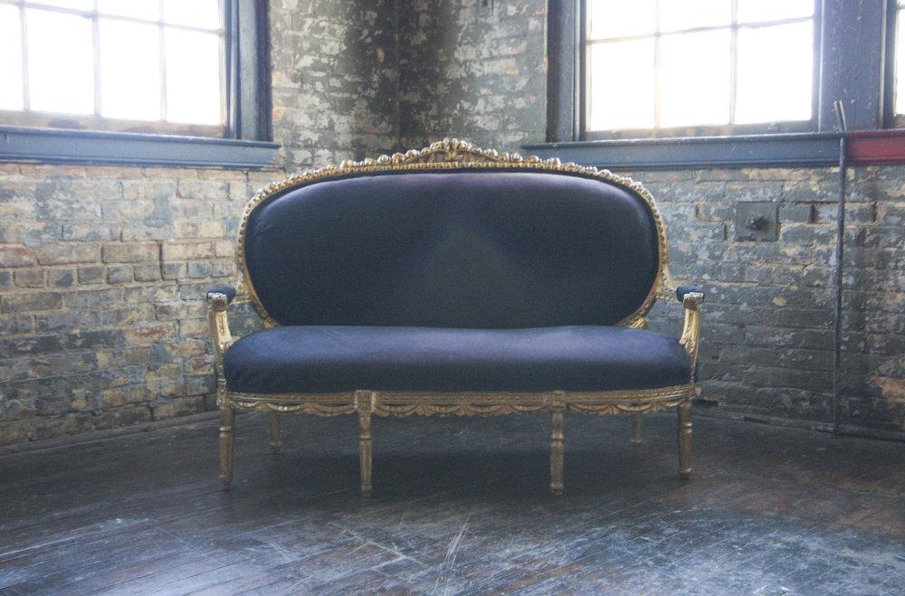 queen_city_vignette_cincinnati_vintage_furniture_rental_305.jpg