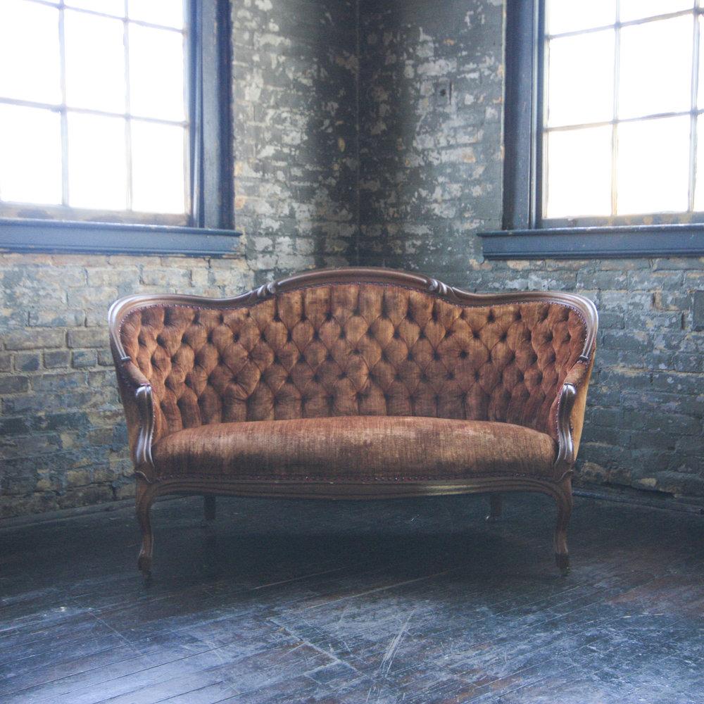 queen_city_vignette_cincinnati_vintage_furniture_rental_309.jpg