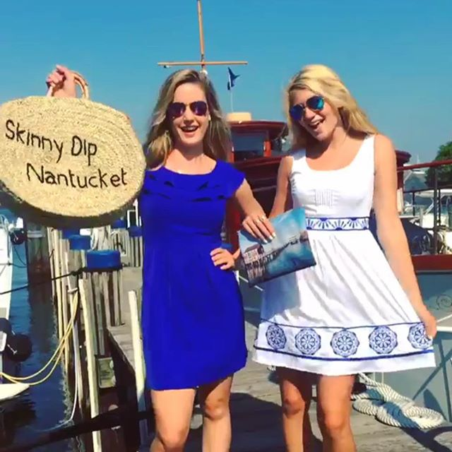Cheers to the weekend! 💙 {get the skinny on these looks @skinnydipnantucket!}