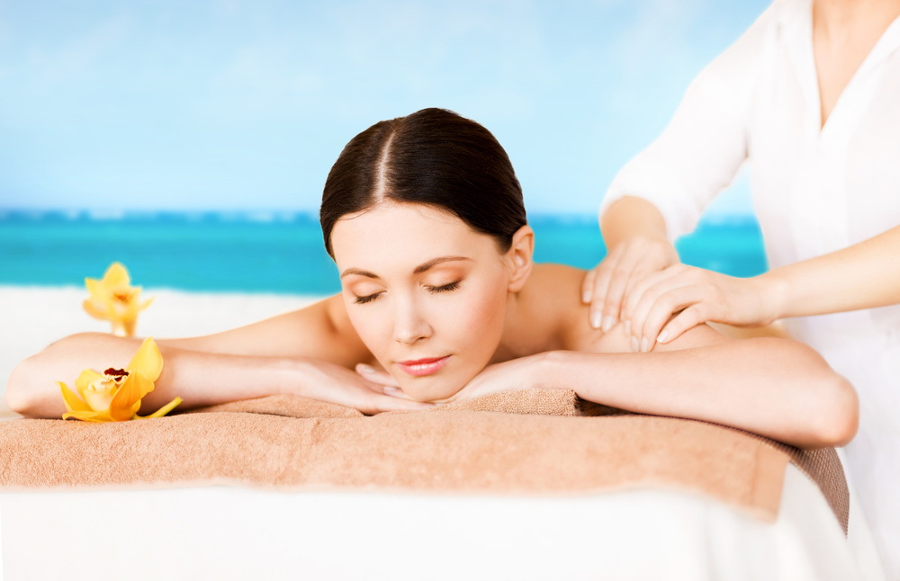 IT IS OUR PRIVILEGE TO PROVIDE YOU WITH A SIMPLE SPA OUTING OR LAVISH PAMPERING  SPARING NO DETAIL.