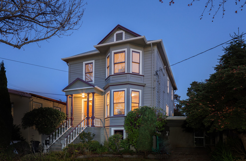 Victorian home in Berkeley, CA - Built in 1904