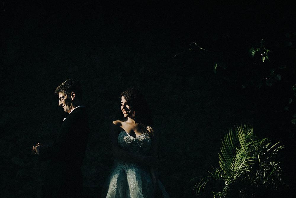 Hannah&JonnyTrash-14.jpg