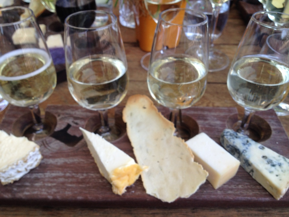 Sparkling flight from  Milk the Cow , St Kilda