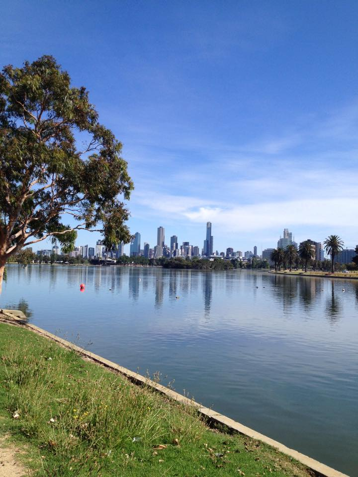 The stunning Albert Park Lake