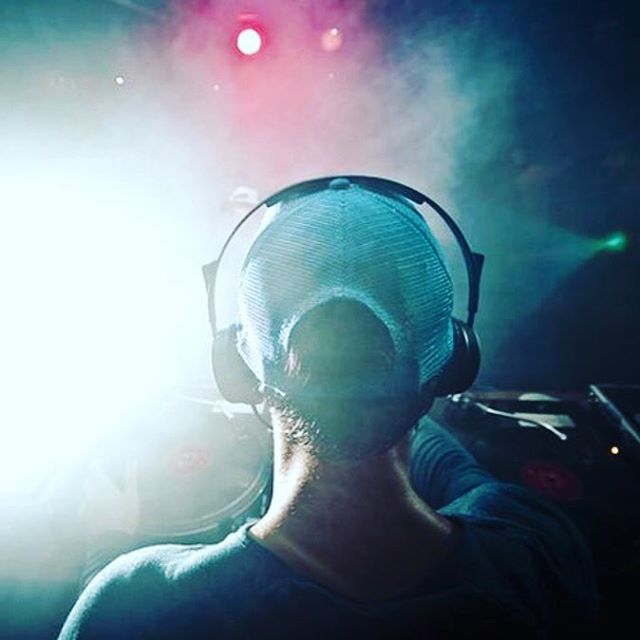 Saturday is a time to groove #saturdays #music #headphones #saturdaynight