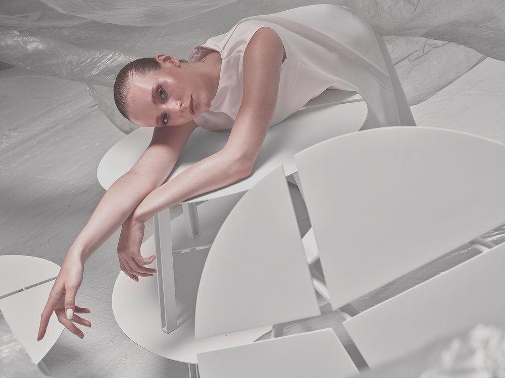 plastique-deesse-nue-horizontal-sd.jpg