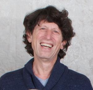 Howard Axner