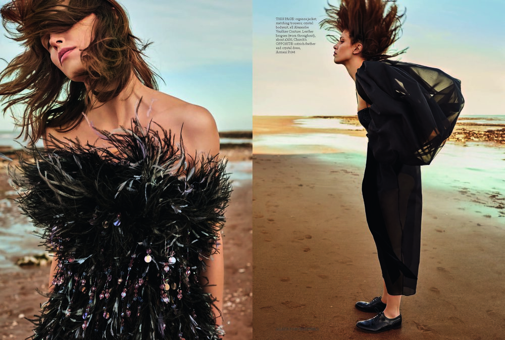FASHION SHOOT AGATA_CHARLIE BLACK COUTURE (PDF Spread)_Page_2.jpg