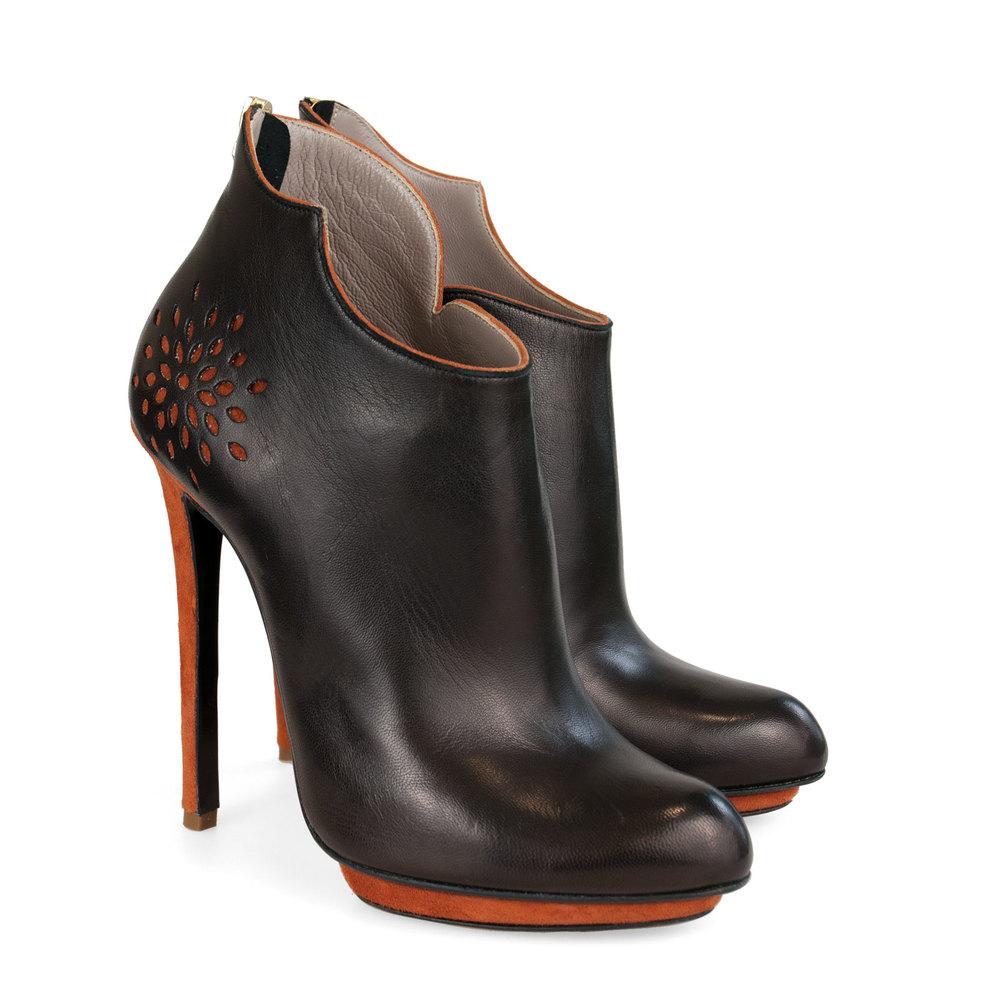 marie-black-pair.jpg