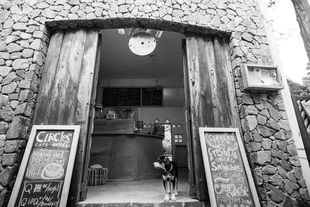 Cafe-Circles_-10.jpg