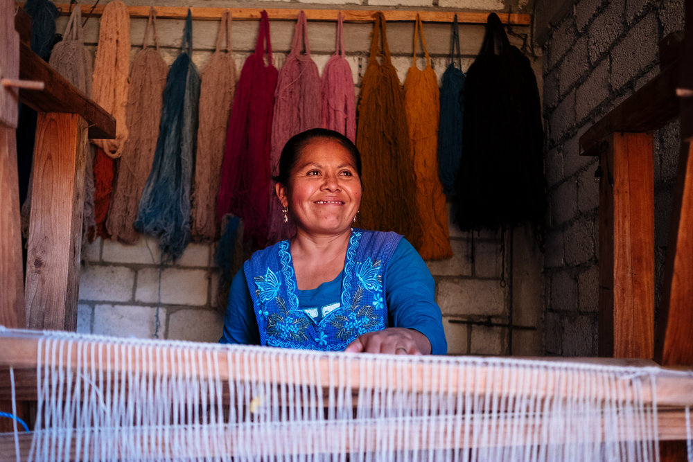 Alicia: Artisan Weaver - Teotitlan, Mexico