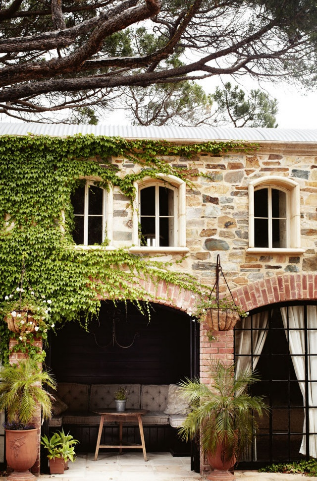Lookslikewhite blog for Tuscan style homes australia