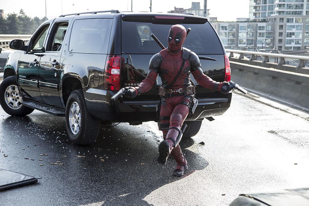 Deadpool highway scene screenshot