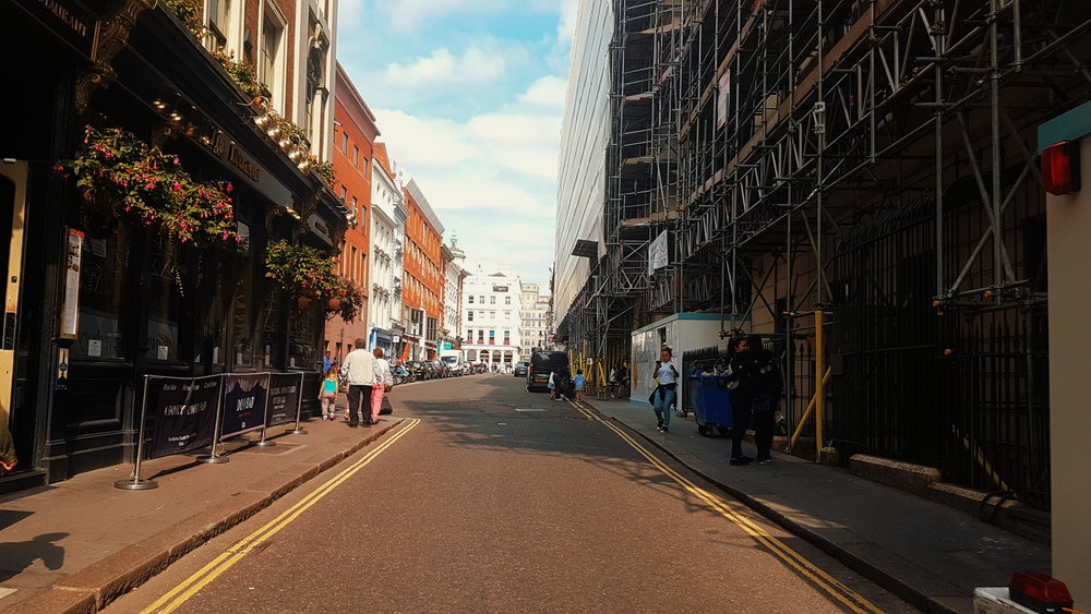 London through the tourist eye