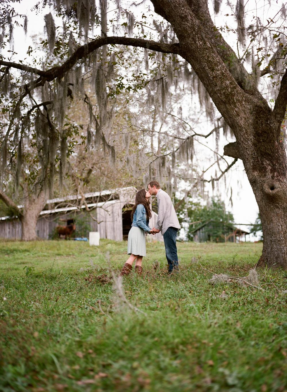 Montgomery-Alabama-Wedding-Photography-Engagements-Jeremy-Emily-James-11.jpg