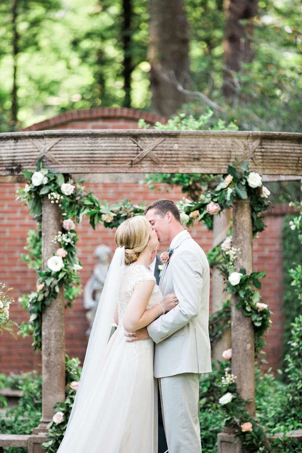 Matty-Drollette-Photography-Alabama-Weddings-Sara and Logan-138.jpg