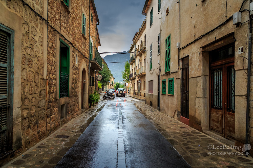 Rainny Soller Street