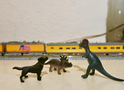(うちの恐竜と犬)