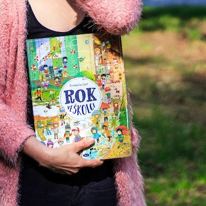 ROK VE ŠKOLCE    Z BabYogy znáte Rok v lese a tohle je další půvabná kniha stejného typu.