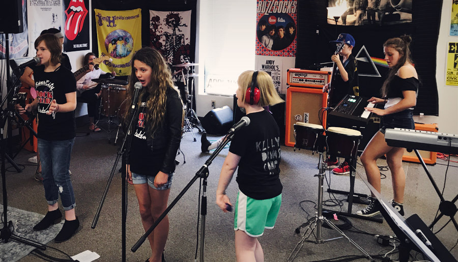Music Camps - RiverCity offers a number of Camps throughout the year including our popular week long Summer Rock Camp as well as a Teen Rock Camp and other special camps during the year.