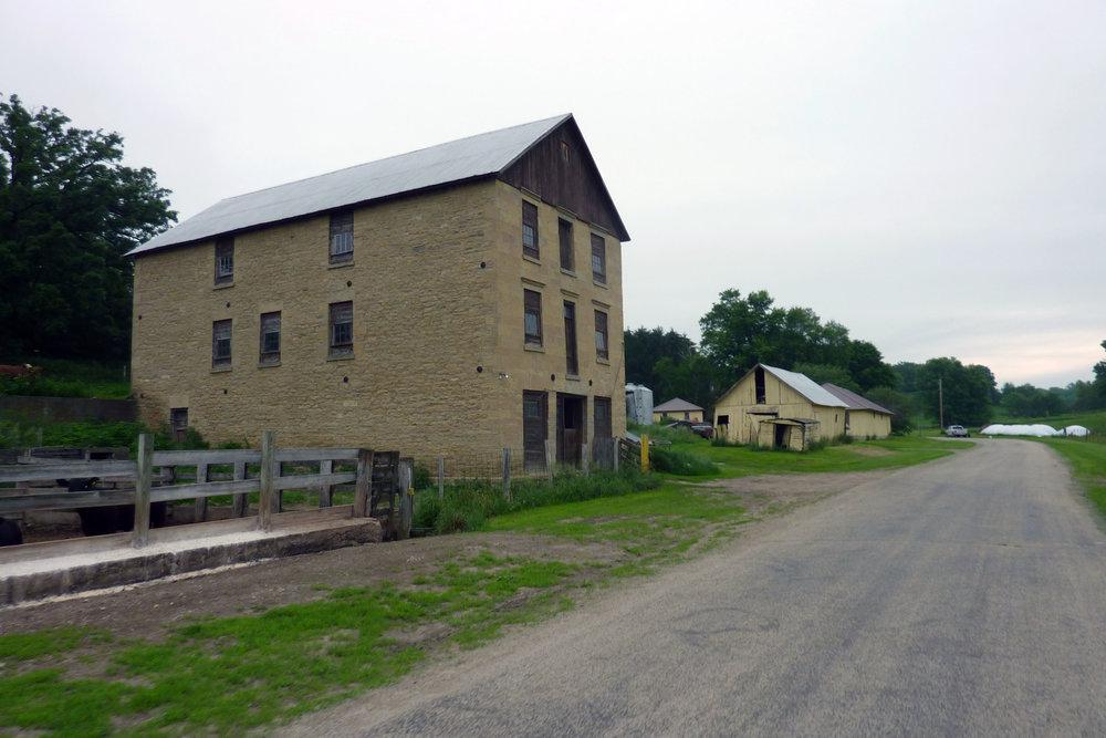 Farm 008.jpg