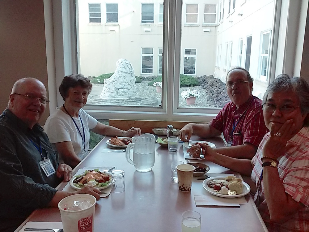 Sharing a meal: Jack Ridout, Sr. Frances Feeley, SM, Fr. Paul Frechette, SM, and Sr Palepa Ioane, SMSM.