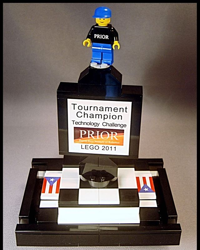 A trophy we did for the Puerto Rico Institute of Robotics LEGO challenge. Check out our FLL store for ideas for your next challenge: www.brickengraver.com and click on FLL link.