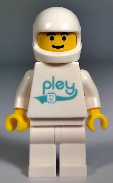 pley fig.jpg