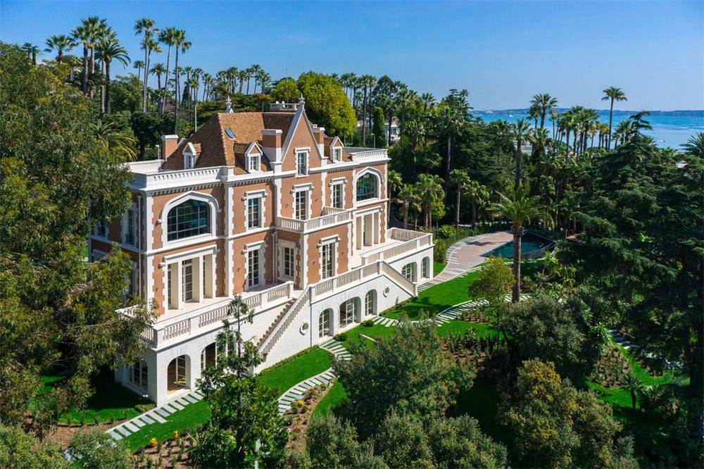 Price Upon Request | Cannes, France | Cote d'Azur Sotheby's International Realty