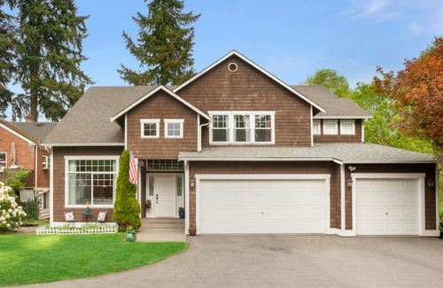 Woodinville |   Sold for $723,000