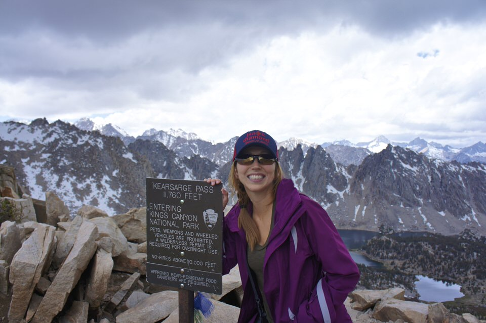 girl-smiling-kearsarge-pass