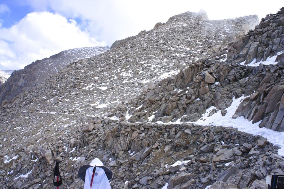 tallus-switchback-trail-on-john-muir-trail