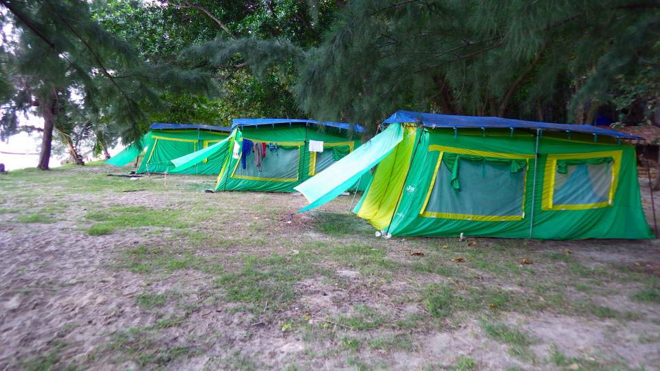 camping-at-ko-lao-liang