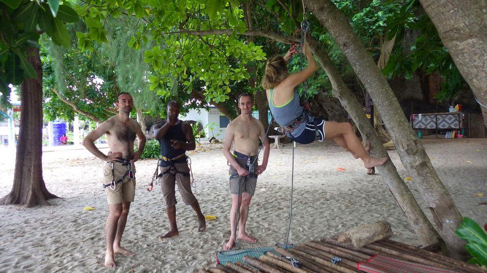cleaning-an-anchor-rock-climbing