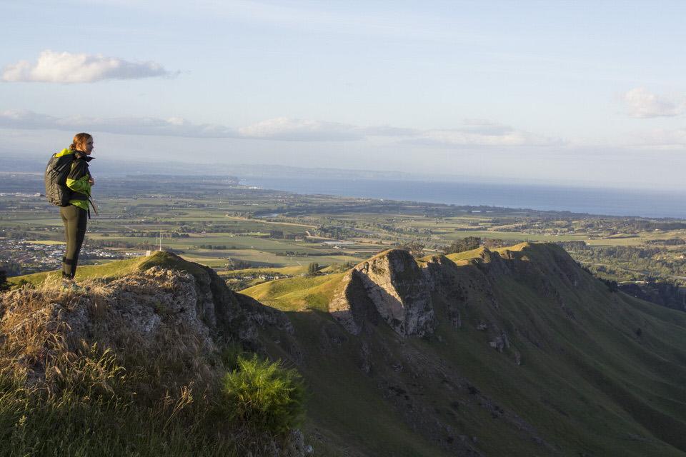girl-hiking-peak-mata-peak-new-zealand-north-island