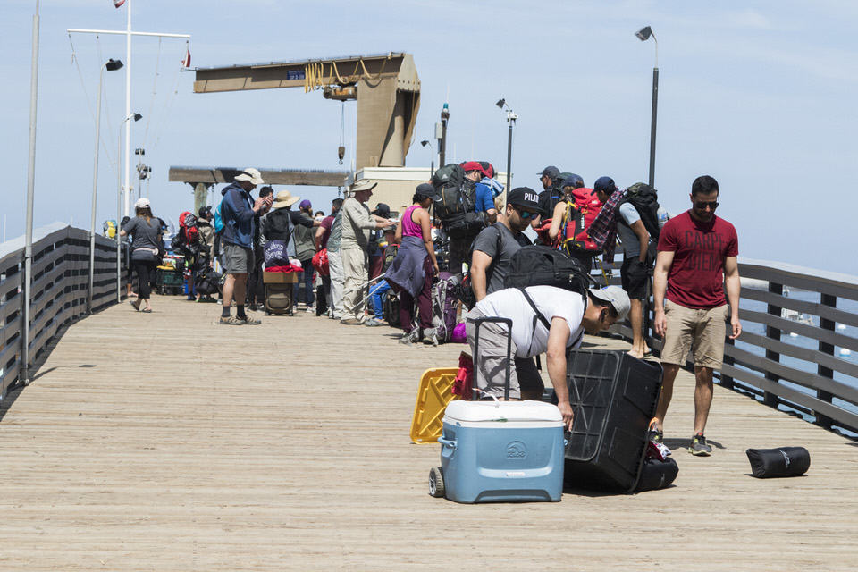 people-coming-off-ferry-avalon-catalina-island