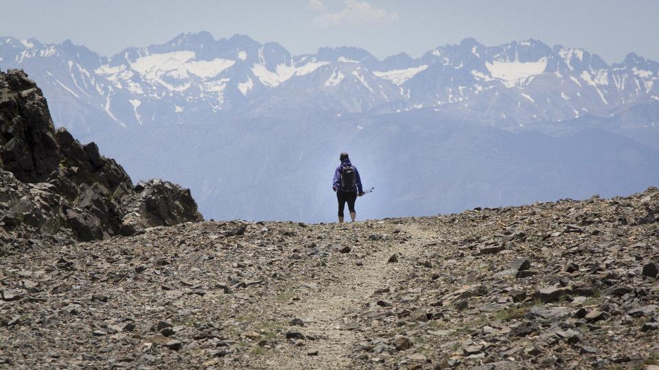 Ashima hiking the White Mountain trail looking towards the Sierra Nevada mountain range.